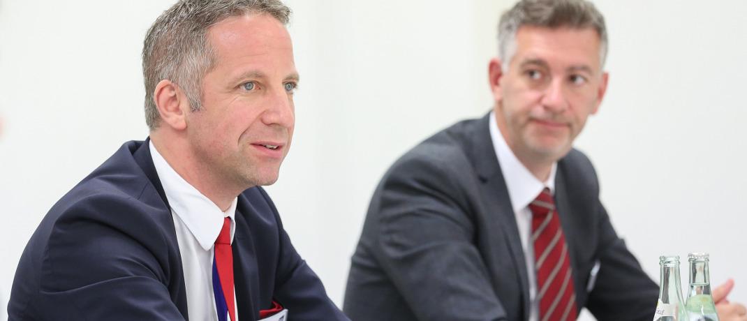 Norbert Porazik und Tim Bröning (v.l.): Am Rande der diesjährigen Münchner Makler- und Mehrfachagentenmesse (MMM-Messe) informierten die Verantwortlichen des größten deutschen Maklerpools über ihre weiteren Pläne hinsichtlich der Digitalisierung.