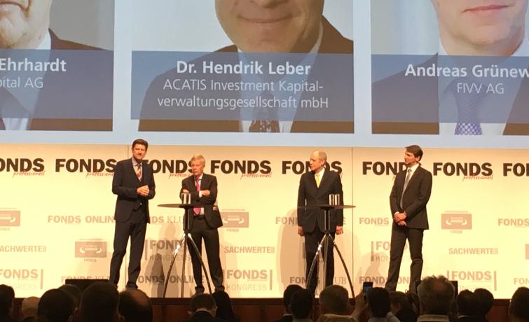 Teilnehmer der Diskussionsrunde des Verbands unabhängiger Vermögensverwalter (VUV) zum Kapitalmarkt 2020 (v.r.): Andreas Grünewald (FIVV), Hendrik Leber (Acatis Investment) und Jens Ehrhardt (DJE)