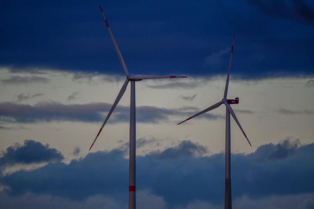 Windräder in Baden-Württemberg: Öko-Aktienfonds sprossen 2020 regelrecht aus der Erde und zeigten ansehnliche Ergebnisse.