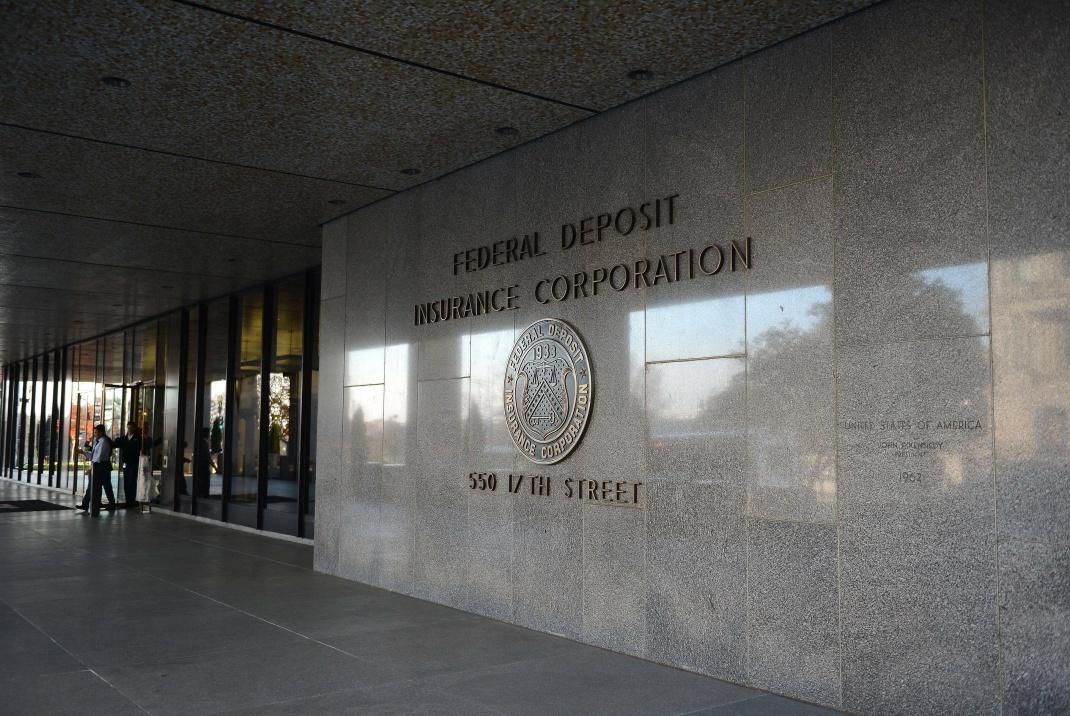 Der Eingang der Federal Insurance Deposit Corporation in Washington
