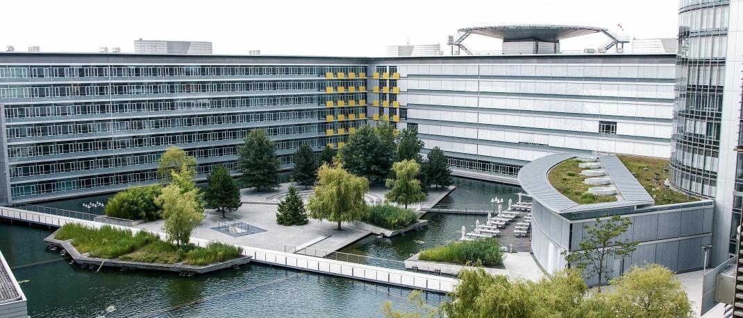 Innenhof der Unternehmenszentrale