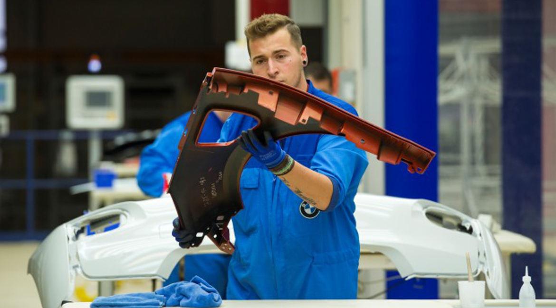 Arbeiter in der Automobilproduktion der Bayerische Motoren Werke (BMW)