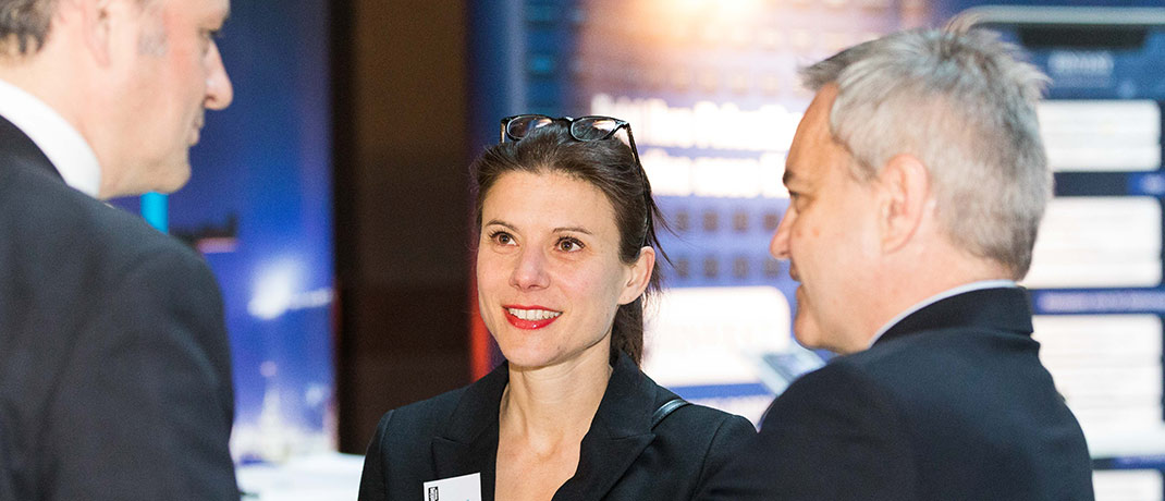 Silke Arndt, Teamleiterin Private Banking bei der Unicredit Bank, im Austausch.