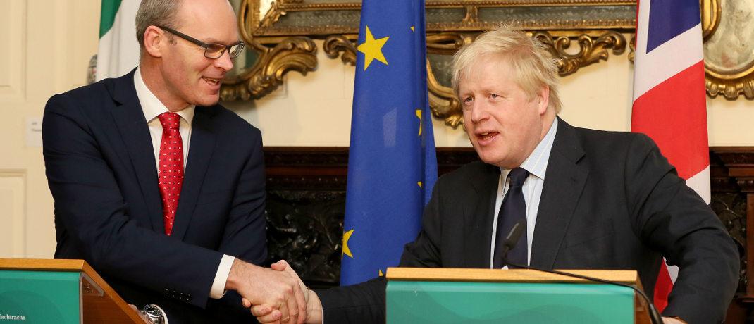 Irlands Außenminister Simon Coveney (l.) beim Besusch seines britischen Amtskollege Boris Johnson in Dublin