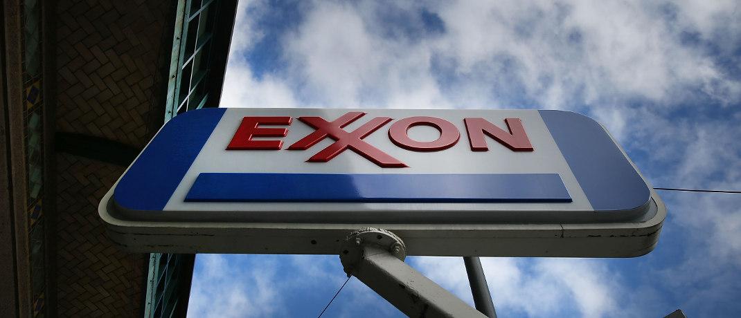 Werbeschild im New Yorker Stadtteil Brooklyn. Der Energiekonzern Exxon hat im Portfolio des ETFs MSCI World Energy den größten Anteil.