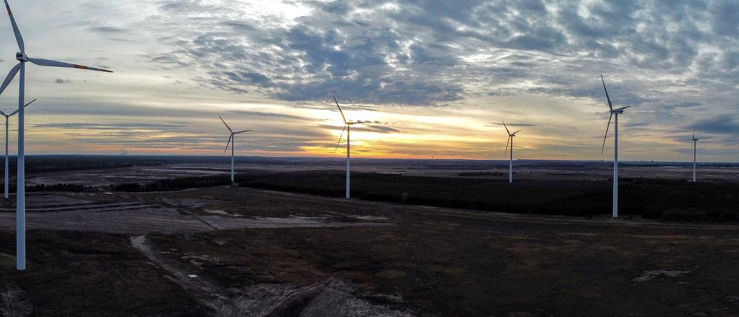 Windräder: Für die Windkraftbranche lief es im vergangenen Jahr in Deutschland nicht ganz so rund. Fonds, die in alternative Energien investieren, legten aber deutlich zu.