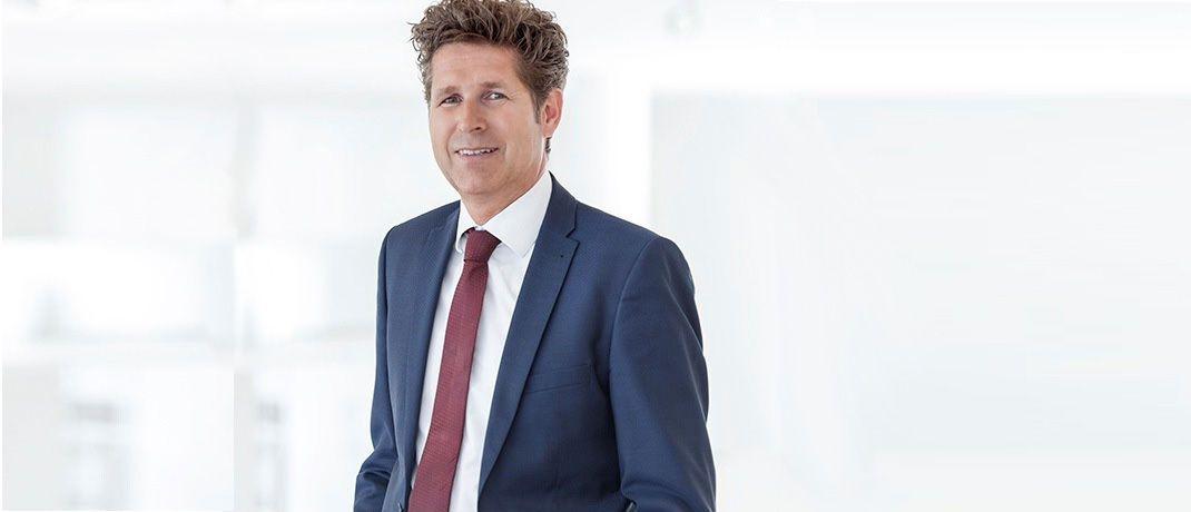 Gabriel von Canal, Leiter des Vertriebs der Augsburger Aktienbank: Die Direktbank wickelt für Partner wie Berater, Versicherungen und Vermögensverwalter Finanzdienstleistungen ab.