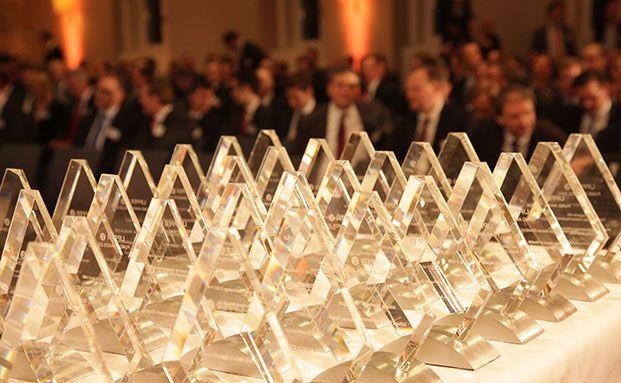 Die begehrte Trophäe: Die Lipper Awards. (Foto: Manfred Koetter)