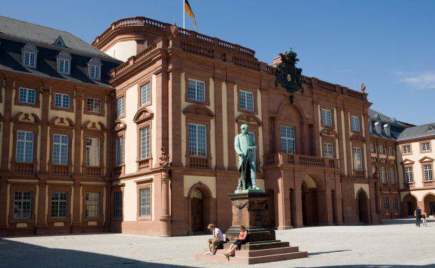 Universitätsschloss in Mannheim, Sitz der Mannheim Business School. Foto: Mannheim Business School