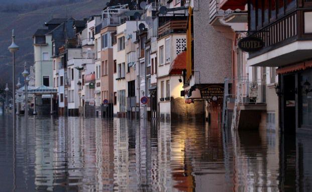 Moselhochwasser in Zell im Januar 2011: Laut<br>Klima-Studie wird das in Zukunft viel &ouml;fter vorkommen.<br>Foto:Getty Images