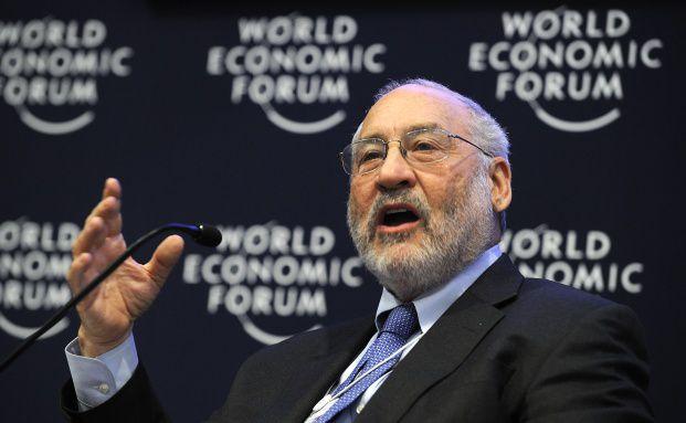 Auch Joseph Stiglitz, VWL-Nobelpreistr&auml;ger von 2001, zog es <br> am Dienstag zum &Ouml;konomie-Krisengipfel nach Lindau. Foto: <br> Getty Images
