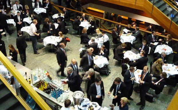 6.000 Fachbesucher waren 2012 auf dem Fondskongress <br> in Mannheim: J.P. Morgan befragte einen Teil davon