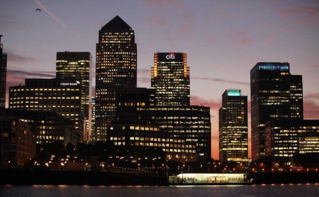 Durch den Tod eines Praktikanten ist im Londoner Finanzdistrikt eine Debatte um die Arbeitszeiten von Jungbankern entbrannt. (Foto: Getty Images)