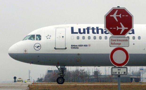 Die m&ouml;gliche Misere bei Air Berlin befl&uuml;gelt die Lufthansa- <br> Aktie. Deren Tochter Germanwings ist direkte Konkurrentin <br> von Air Berlin, Foto: Getty Images