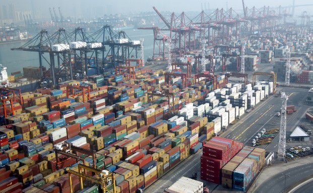 Container-Hafen Hong Kong: Am Warenumschlag d&uuml;rfte <br> der Abschwung der Weltwirtschaft nicht vorbeigehen, <br> Quelle: Getty Images