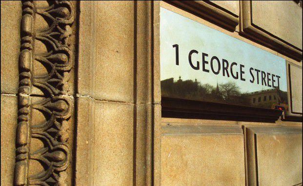 Unternehmenszentrale in der George Street im schottischen Edinburgh