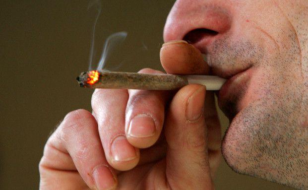Zahlreiche Menschen konsumieren Drogen, um ihren Job zu verarbeiten (Foto: Getty Images)