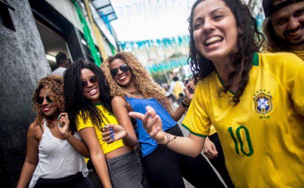 Jubel in Sau Paulo: Brasilien hat gerade das Achtelfinale der Fifa-Weltmeisterschaft 2014 gegen Chile gewonnen / Foto: Moriyama/Getty Images
