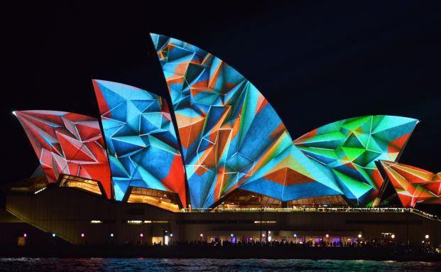 Lichtinstallation an der Oper von Sydney: Der Stammsitz der Sieger-Fonds-Gesellschaft First State befindet sich in Australien. (Foto: PETER PARKS/AFP/Getty Images)