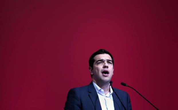 Alexis Tsipras, Führer der oppositionellen Syriza-Partei, fordert eine Abkehr vom Sparkurs. (Foto: ANGELOS TZORTZINIS/AFP/Getty Images)