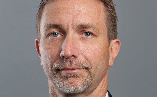 Marco Santamaria, Portfolio Emerging Markets Anleihen bei AB