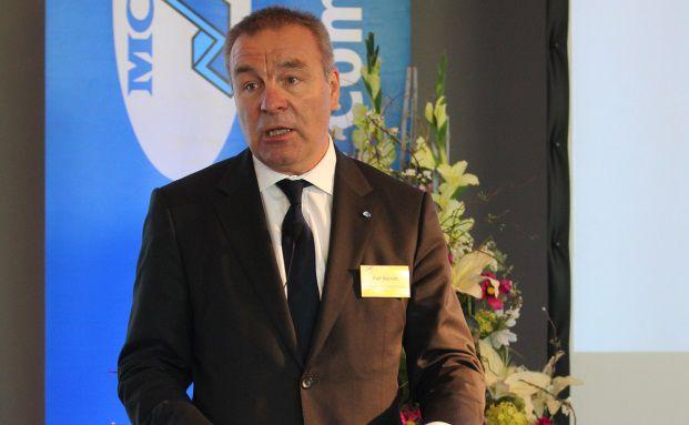 Ralf Berndt bei seinem Vortrag auf der MCC-Veranstaltung in Düsseldorf.