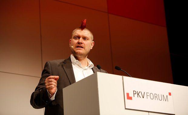 Sascha Lobo: Der Blogger und Internetexperte war Hauptredner beim Continentale PKV-Forum 2015. Foto: Continentale