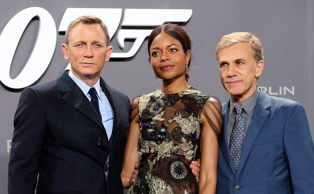 Die James-Bond-Darsteller Daniel Craig, Naomie Harris und Christoph Waltz auf der deutschen Premiere des neuen James-Bond-Films Spectre im Oktober in Berlin. Foto: Getty Images
