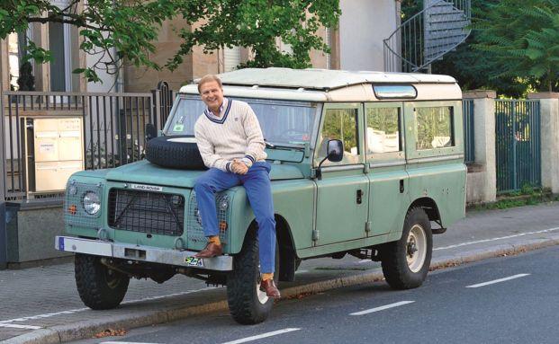 Schroders-Deutschland-Chef Achim Küssner mag Autos mit Charakter (Bild: Privatarchiv)