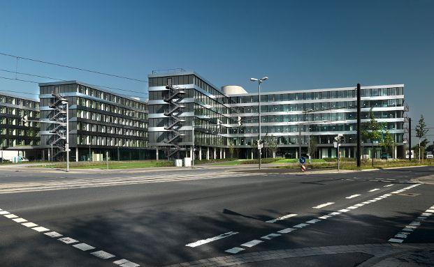 Am HDI-Platz 1 in Hannover haben die Gesellschaften Talanx Deutschland, Talanx International, Talanx Service, Talanx Systeme, HDI-Gerling Industrie Versicherung und der Schadenschutzverband ihren Sitz. Foto: Thomas Bach, HDI Global SE