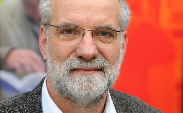 """Studienautor Dr. Rudolf Zwiener leitet das Referat """"Wirtschaftspolitische Beratung, Modellsimulation"""" der gewerkschaftsnahen Hans-Böckler-Stiftung."""