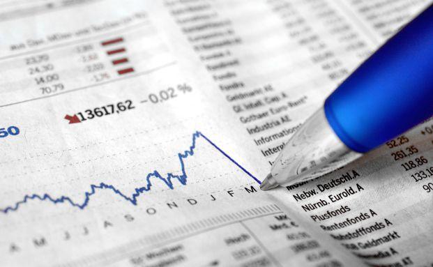 Auch zum Beginn des neuen Jahres sind die Aktienkurse wieder auf Talfahrt gegangen. Foto: Andreas Hermsdorf / <a href='http://www.pixelio.de' target='_blank'>pixelio.de</a>