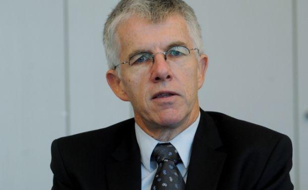 Der gebürtige Schweizer Thomas Straubhaar ist Professor für Volkswirtschaftslehre der Universität Hamburg und Direktor des Europa-Kollegs Hamburg.