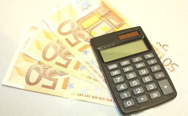Mit den erfolgreichsten Fondsklassikern erzielten die Anleger beim langfristigen Investieren per Fonds-Sparplan die besten Ergebnisse. Foto: Benjamin Klack, <a href='http://www.pixelio.de' target='_blank'>pixelio.de</a>