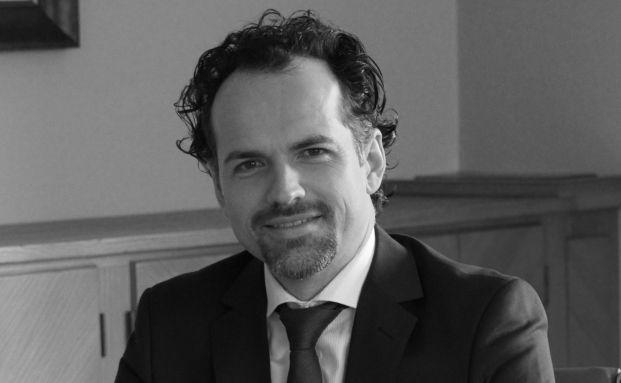 Robert Nebel ist <a href='http://www.robertnebel.com' target='_blank'>Rechtsanwalt aus Prien am Chiemsee</a>.