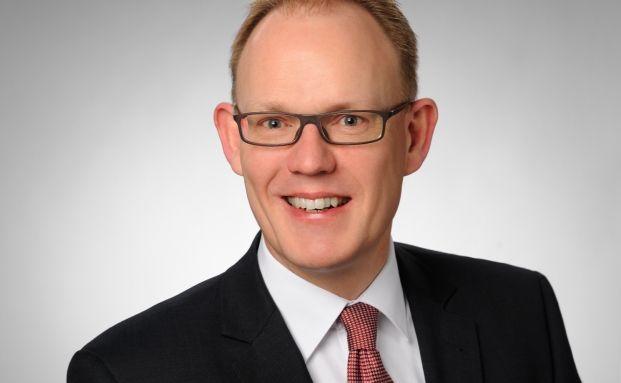Der Vorstandsvorsitzende der Nord LB Asset Management Carsten Schmeding