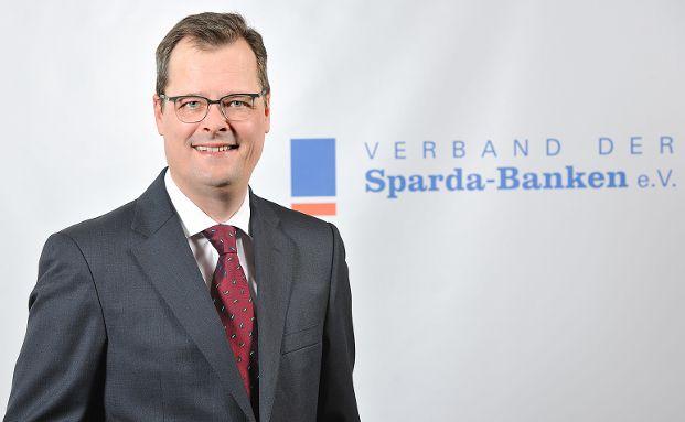 """Joachim Wuermeling ist """"Vorsitzender des Vorstandes des Verbandes der Sparda-Banken""""."""