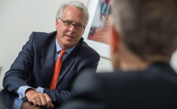 Georg Graf von Wallwitz ist Fondsmanager der Phaidros Funds und Geschäftsführer der Eyb & Wallwitz Vermögensmanagement.