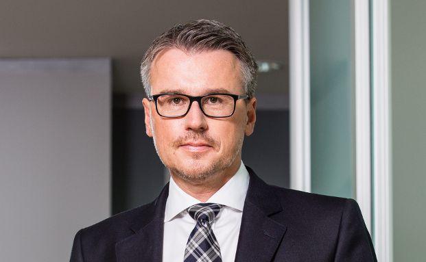 Stephan Greger ist Fachanwalt für Bank- und Kapitalmarktrecht bei Dr. Greger & Collegen mit Sitz in Regensburg und München.