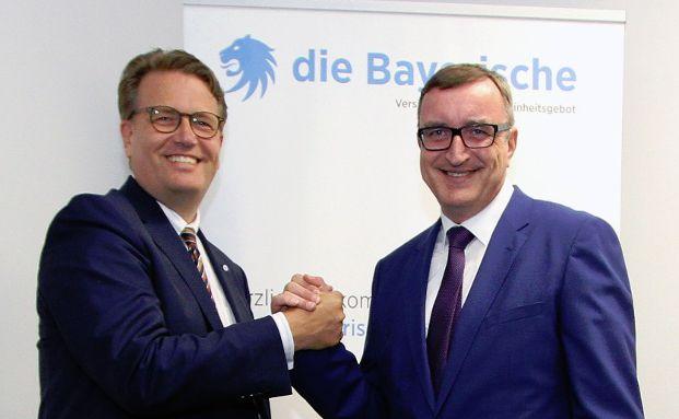 Martin Gräfer, die Bayerische, (links) und Holger Koppius, Asspario Versicherungsdienst, Foto: Asspario Versicherungsdienst