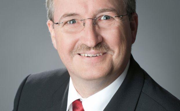 Dirk Folkerts ist Gebietsdirektor Maklervertrieb der Rhion Versicherungen. Foto: © Rhion