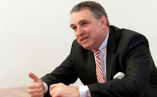 Stefan M. Knoll ist Vorstandsvorsitzender der Deutschen Familienversicherung. Foto: DFV