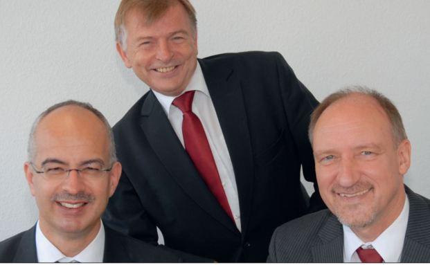Das Team von Apus Capital (von links nach rechts): die Gründer und Geschäftsführer Johannes Ries und Harald Schmidt, Berater und Analyst Wolfram Eichner