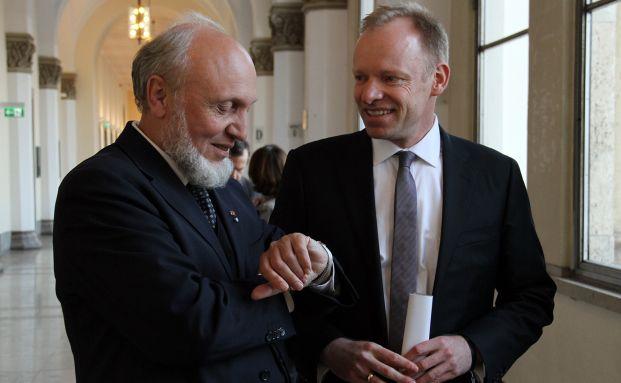Der neue Ifo-Instituts-Chef Clemens Fuest (re.) mit seinem Vorgänger Hans-Werner Sinn. Foto: Ifo-Institut