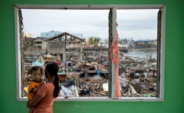 Taifun Haiyan richtete im November auf den Philippinen Schäden in Millionenhöhe an, mindestens 5,200 Menschen starben: Solche Naturkatastrophen gehören zu den größten Risiken für die Versicherungswirtschaft. Foto: Odd Andersen - AFP / Getty Images