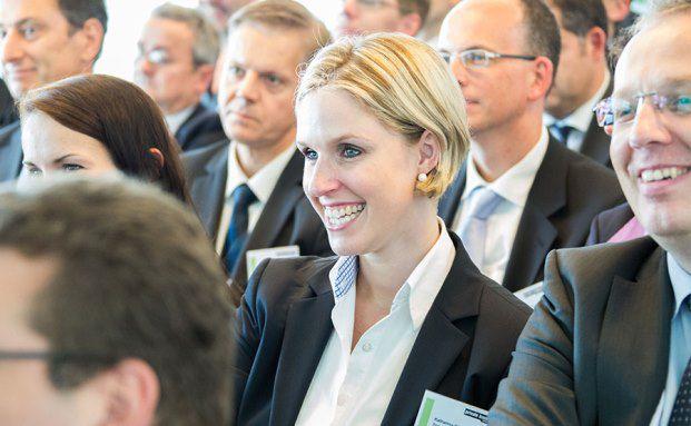 private banking kongress: Das Publikum genießt die Vorträge. (Fotos: Christian Scholtysik, Patrick Hipp)