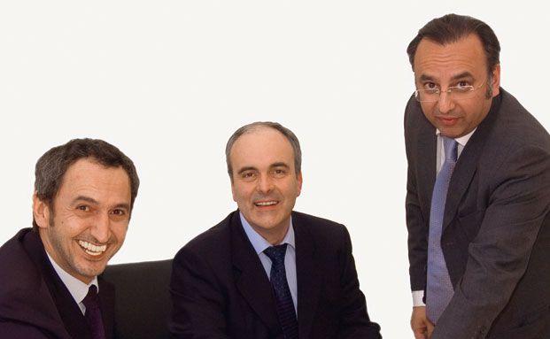 Warten auf den perfekten Moment: Michael Demmel, Rüdiger Fries und Hadi Saidi (von links), Gründer der Investmentgesellschaft Accura Consult und Manager des Fonds Accura AF1, spielen auf Zeit.