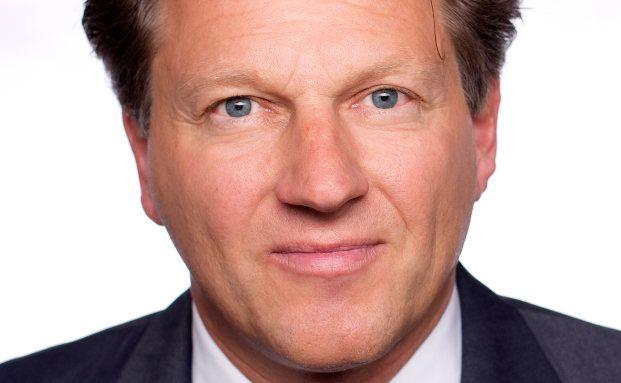 Andreas Fritsch ist Vorstand der XOLARIS Service- Kapitalverwaltungs AG und innerhalb der XOLARIS insbesondere für das Risikomanagement verantwortlich.