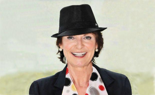 """Anne M. Schüller, Keynote-Speaker, mehrfach preisgekrönte Bestsellerautorin und Businesscoach: """"Kunden wehren sich heftig, wenn sie ungefragt vom Vertrieb belästigt oder mit Werbung überfallen werden. Und das mit Recht"""