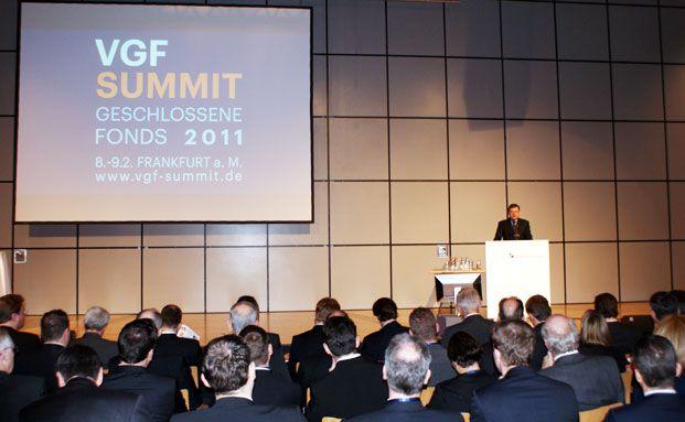 Oliver Porr eröffnet den VGF Summit 2011